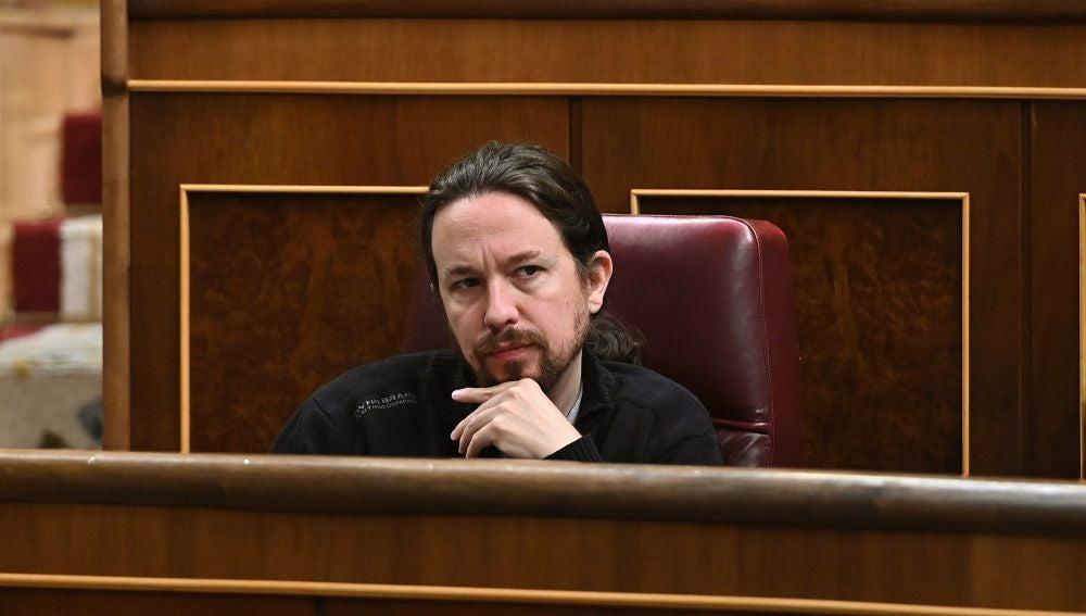 Pablo Iglesias, durante la última sesión de control de la XIII legislatura