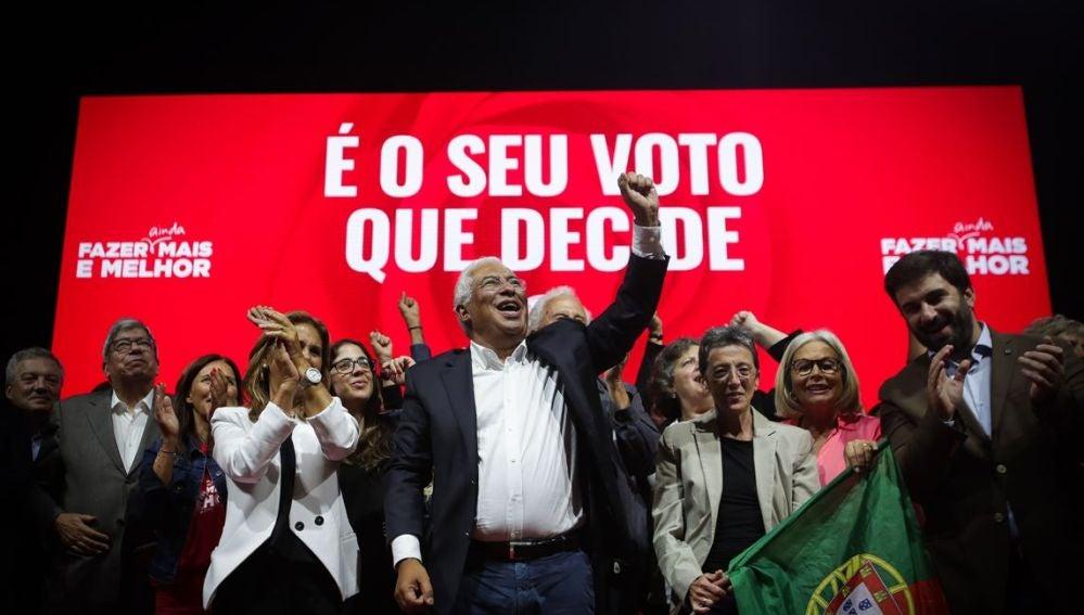 Antonio Costa en un acto de campaña en Portugal