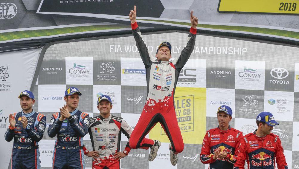Ott Tänak gana el rally de Gales