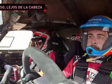 Más problemas para Fernando Alonso en Marruecos: 70 horas de sanción, otro pinchazo...