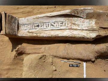 Sarcófagos de 'top manta' y otras falsificaciones a lo largo de la historia