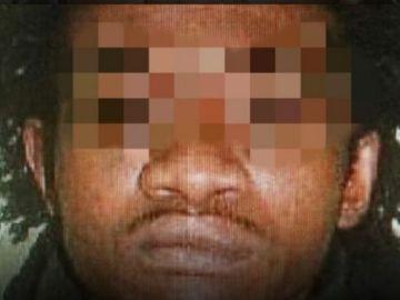 El hombre que mató a un policía y ha agredido a varios funcionarios en prisión
