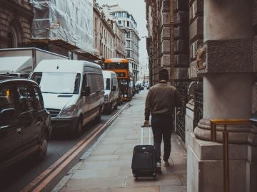 Deja tu maleta en cualquier sitio