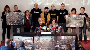 Imagen de la rueda de prensa de los familiares de Alsasua, este jueves en Pamplona