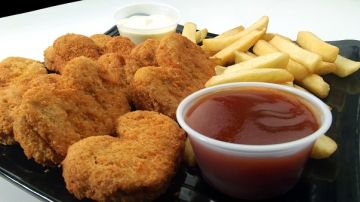 Imagen de archivo de unos nuggets de pollo