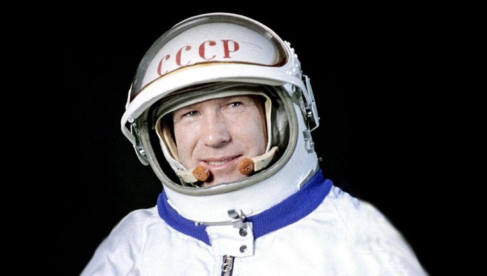Resultado de imagen para astronauta alexei leonov