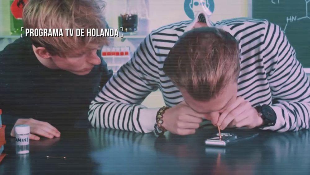 El programa de televisión (financiado por el Gobierno holandés) en el que sus presentadores prueban drogas para ver sus efectos