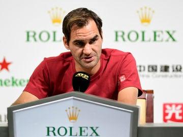Roger Federer habla ante los medios de comunicación