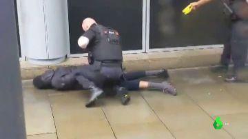 Imputan por terrorismo al detenido como autor del apuñalamiento masivo en Manchester