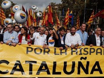 Arrimadas en una manifestación por la unidad de España en Barcelona
