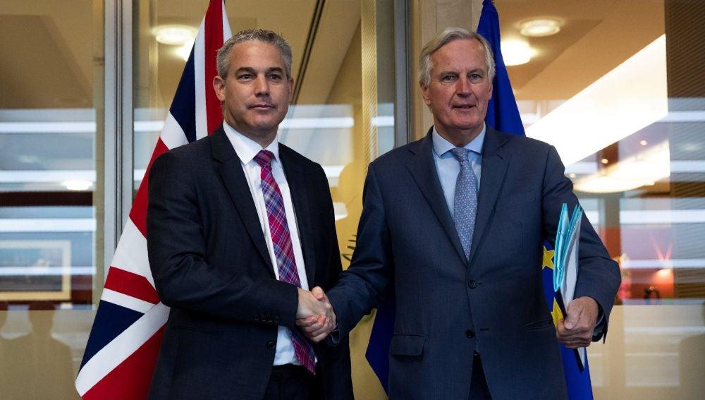 Los principales negociadores de Brexit de la Unión Europea, Michel Barnier, y Gran Bretaña, Steve Barclay.