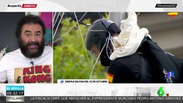 La esperada valoración de El Sevilla del choque de un paracaidista contra una farola en el 12-O