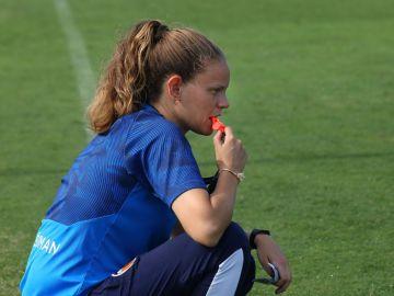 Irene Ferreras, en entrenamiento con el Valencia femenino.