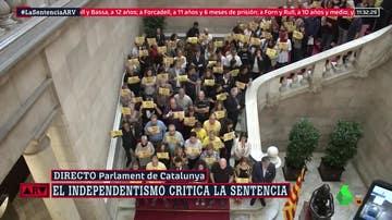 Protesta en el interior del Parlament por la sentencia del procés