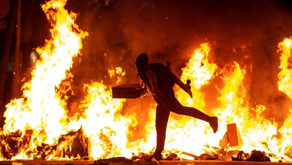 Cataluña vive una noche de protestas — Última Hora