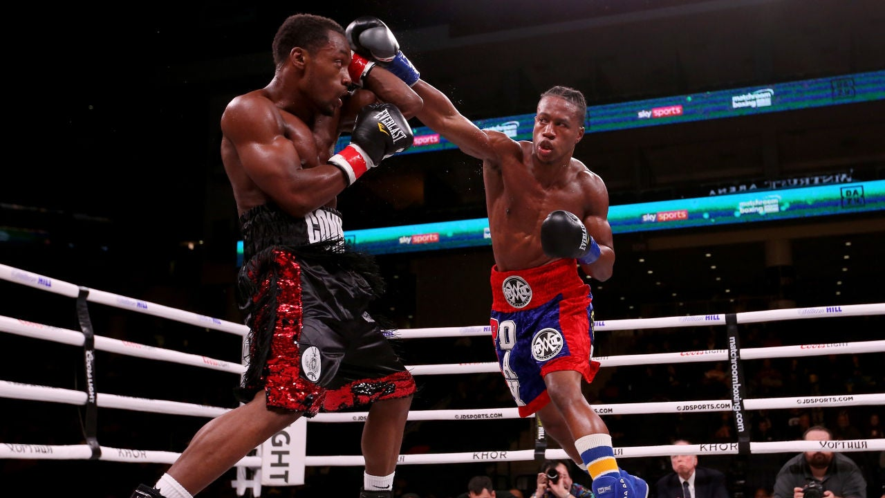 Momento del combate entre Conwell y Day