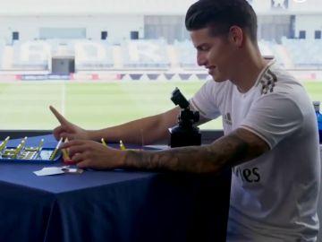 """""""¡Qué tramposo!"""", las palabras de Fede Valverde tras jugar una partida al 'Quién es quién' con James Rodríguez"""