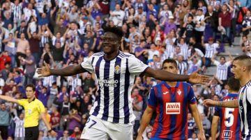 El Valladolid se impone al Eibar