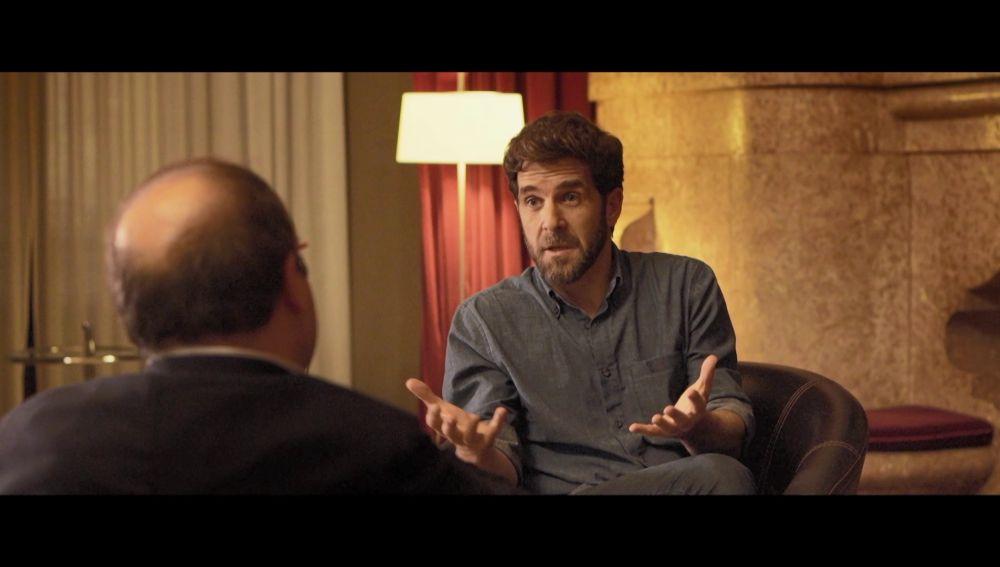 Gonzo pregunta a Miquel Iceta
