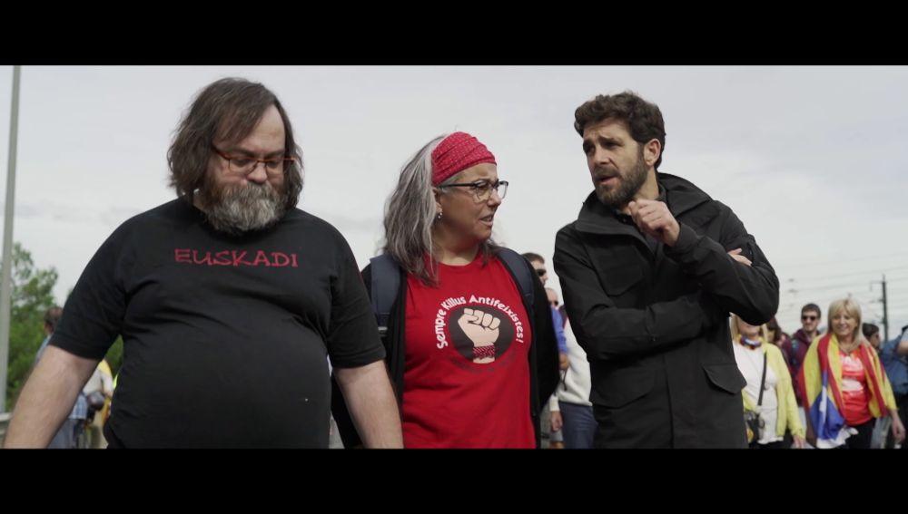 Gonzo habla con dos independentistas