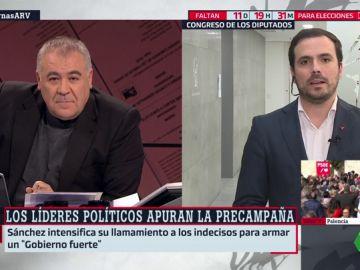 """Alberto Garzón: """"Vox puede ganar mucho del escenario catalán"""""""