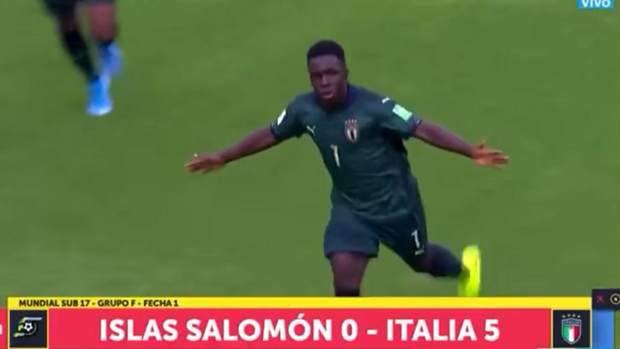 Momento del partido entre Islas Salomón e Italia