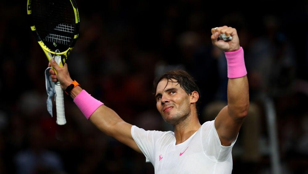 Rafa Nadal celebra su victoria contra Wawrinka