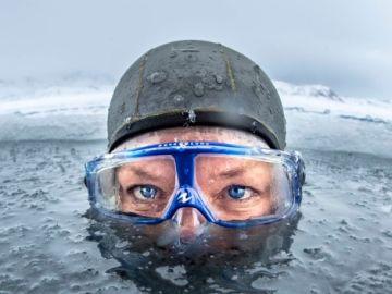 Anna Von Boetticher, antes de sumergirse bajo las aguas de Groenlandia