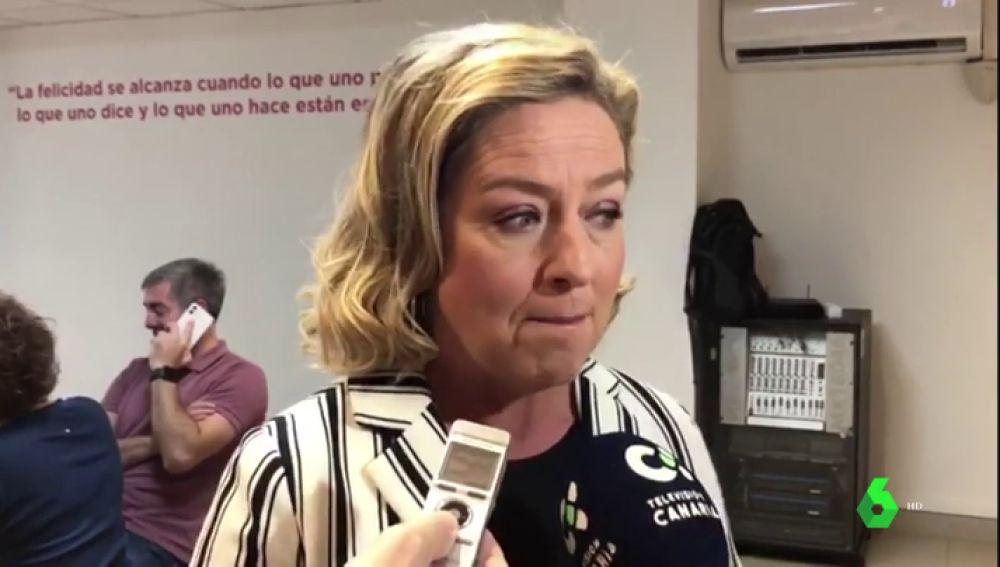 Ana Oramas habla con los medios