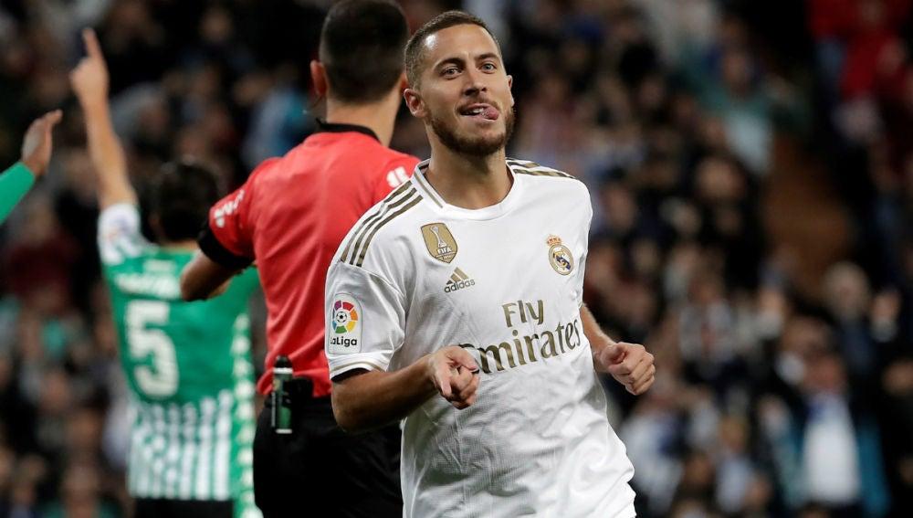 Eden Hazard, ante el Betis