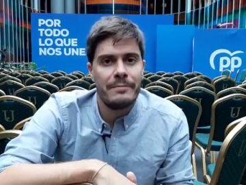 David Junquera desde el escenario de un acto del PP