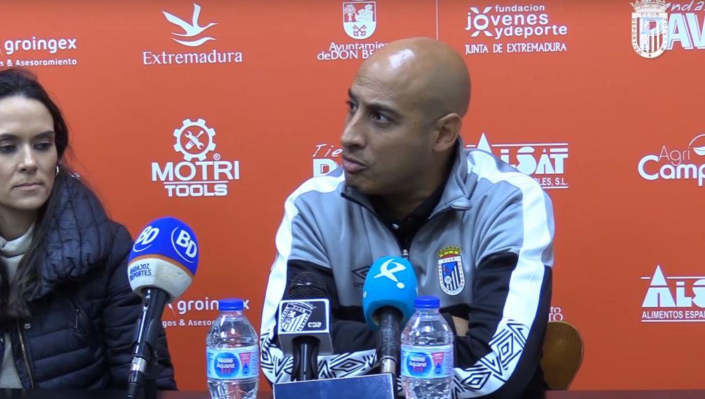 Medhi Nafti, entrenador del CD Badajoz
