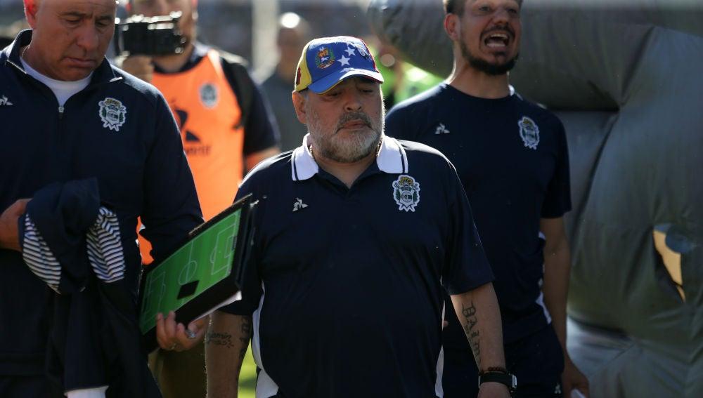 Diego Armando Maradona, en su último partido con Gimnasia
