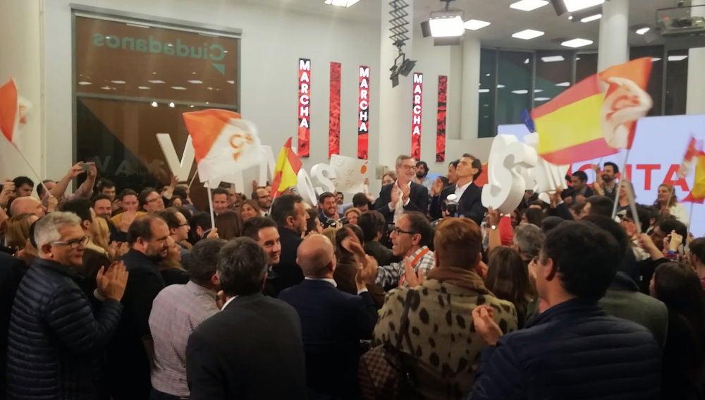 Albert Rivera llega a la sede de Cs tras el debate