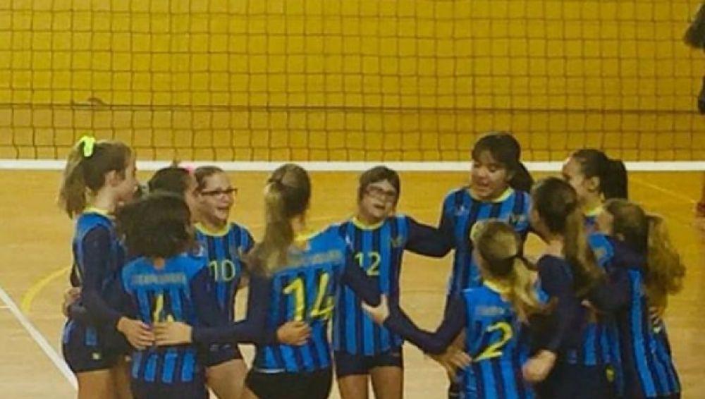 Laia, jugadora del Club Voleibol Esplugues