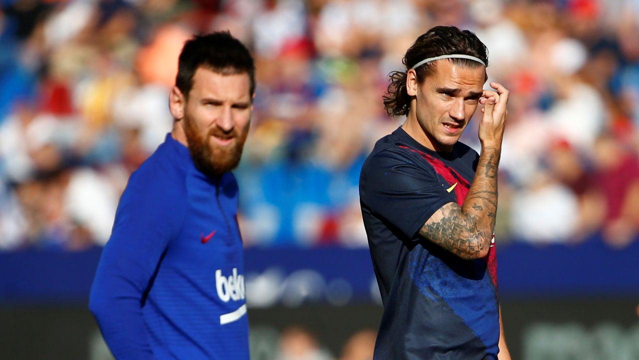 Leo Messi y Griezmann, antes de un partido con el Barça