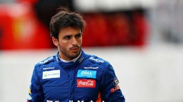 Carlos Sainz, vestido de McLaren