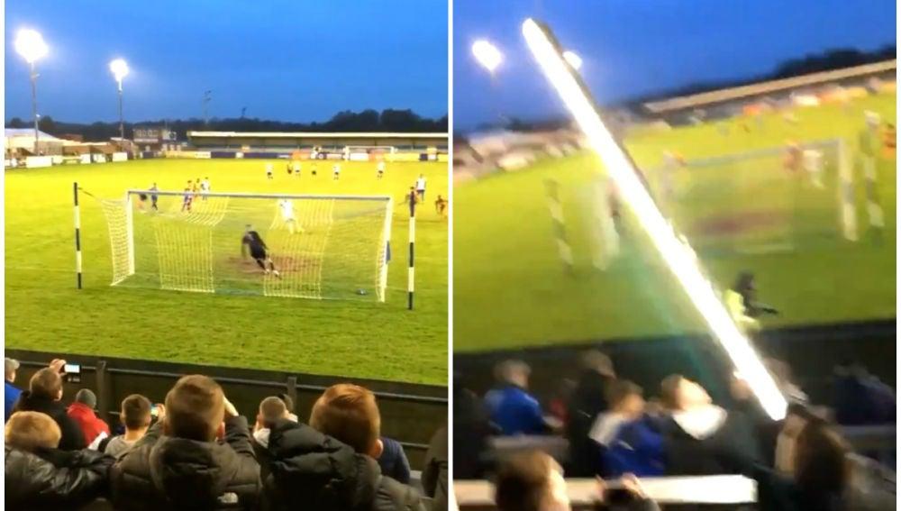 Un portero destroza la iluminación de un estadio