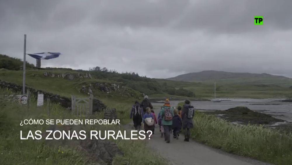 """Enviado Especial viaja al país de la repoblación: """"La escuela pública abriría aunque solo hubiera un alumno"""""""