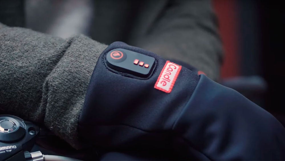Los guantes calefactados y su indicador de potencia