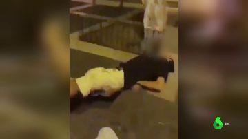 Imagen de la brutal agresión a un hombre en Gran Canaria
