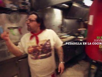 """La respuesta del cocinero tras quemar la pizza que deja alucinado a Chicote: """"A nosotros nos gusta así"""""""
