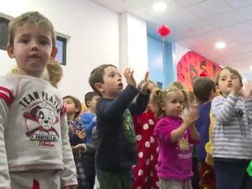 'El día del pijama', la original iniciativa para fomentar el acogimiento familiar