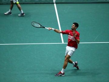 Novak Djokovic tras lanzar un pelotazo contra la afición en Madrid