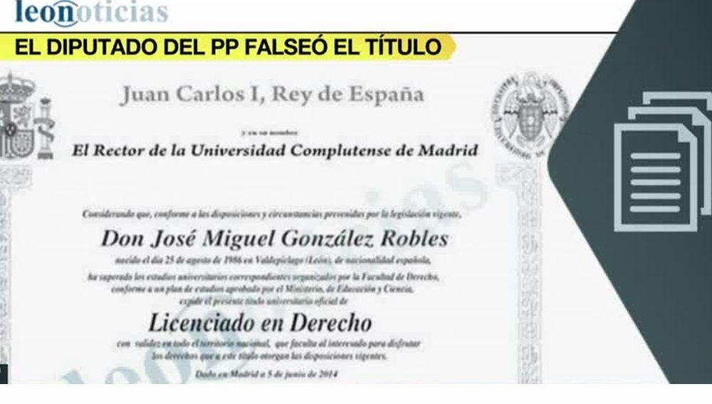 Título de Derecho del diputado del PP por León