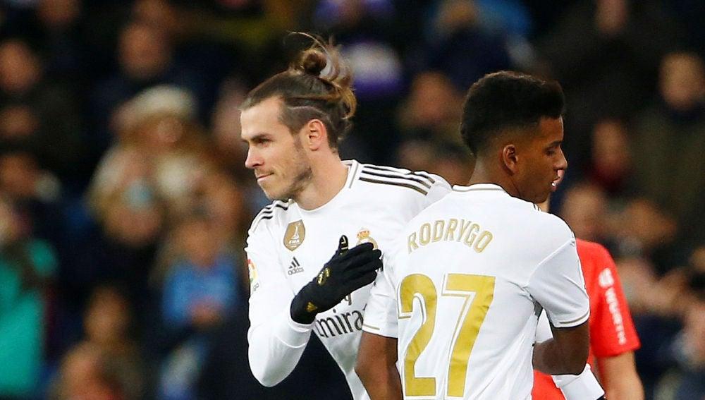 Bale sale al campo por Rodrygo