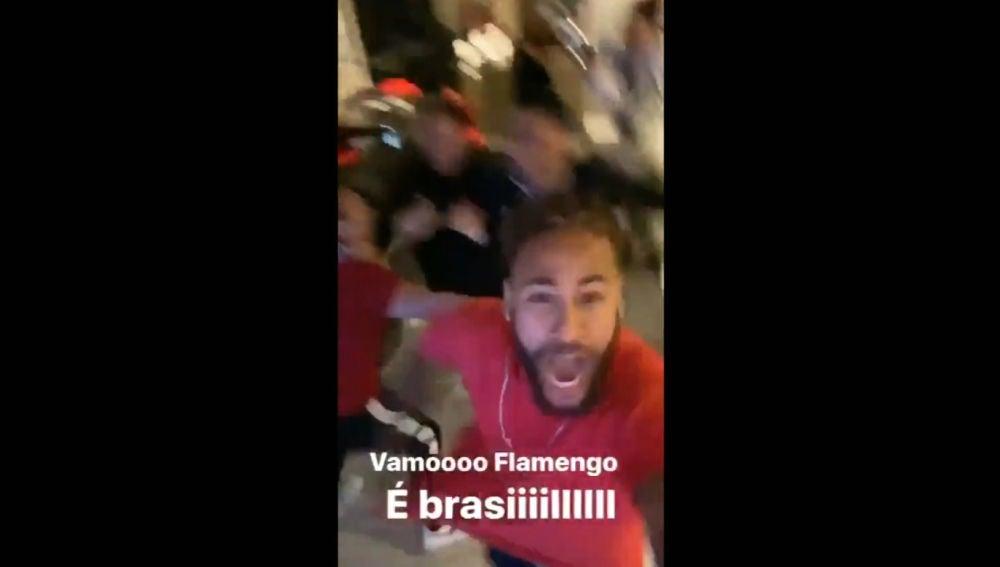 Neymar celebra la victoria del Flamengo