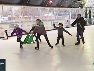 Así es la pista de patinaje sobre hielo ecológico más grande de España