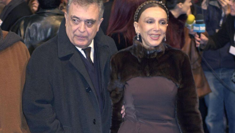 Javier Aguirre y Esperanza Roy