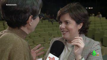 """Sáenz de Santamaría confiesa a Thais Villas cómo es su vida fuera de la política: """"Nos hemos vuelto unos disfrutones"""""""